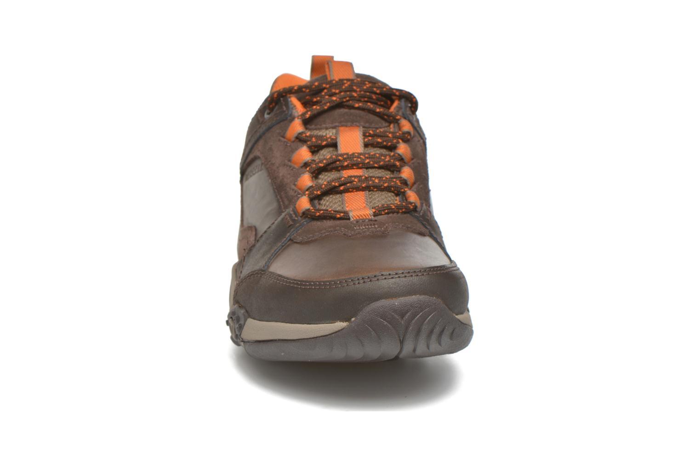 Sneaker Merrell Helixer Scape braun schuhe getragen