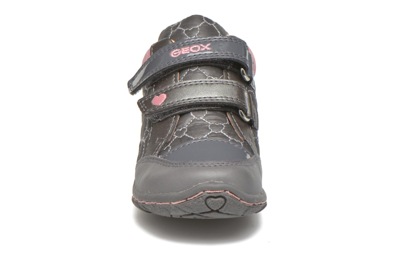Baskets Geox Baby Lolly B5434I Gris vue portées chaussures