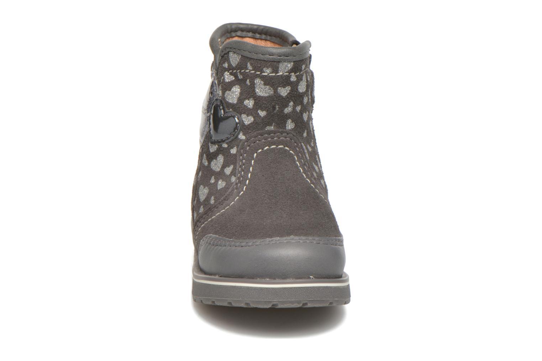 Bottines et boots Geox Baby Noha B5460A Gris vue portées chaussures