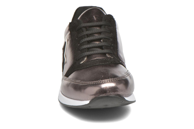 Sneakers André Maximum Oro e bronzo modello indossato
