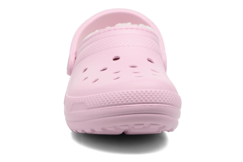 Zoccoli Crocs Classic Lined clog W Rosa modello indossato