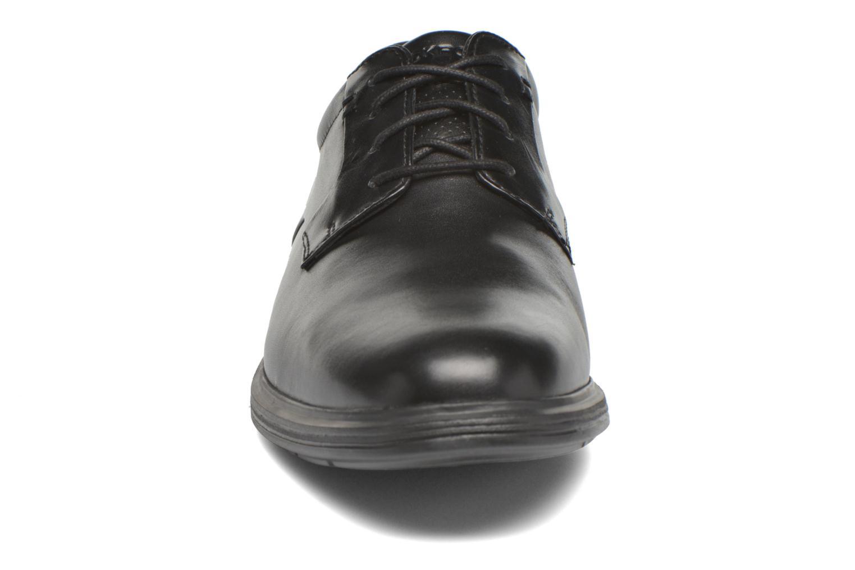 Scarpe con lacci Rockport DP2 Light Plaintoe Ox Nero modello indossato