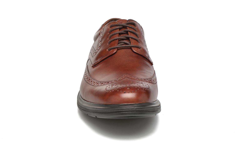 Chaussures à lacets Rockport DP2 Light Wing Tip Marron vue portées chaussures