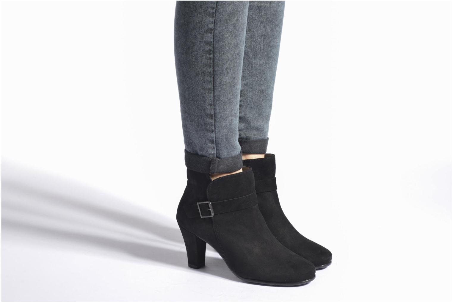 Ankle boots Aerosoles Adopted Black view from underneath / model view