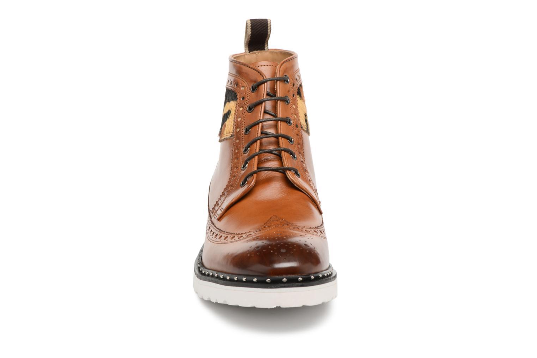 Chaussures à lacets Melvin & Hamilton Matthew 9 Marron vue portées chaussures