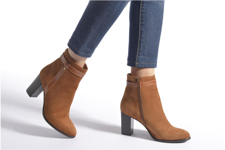 Stiefeletten & Boots Georgia Rose Tarik braun ansicht von unten / tasche getragen