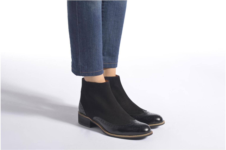 Stiefeletten & Boots Georgia Rose Tagetre schwarz ansicht von unten / tasche getragen