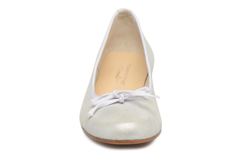 Bailarinas Elizabeth Stuart Josy 415 Blanco vista del modelo