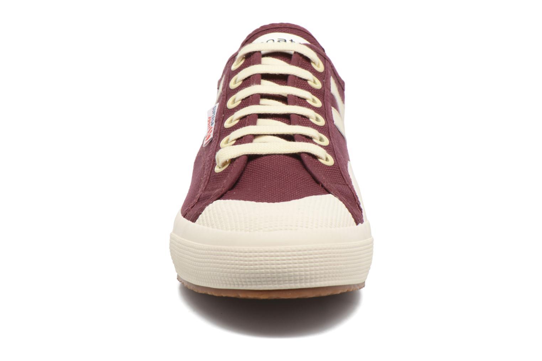 Baskets Superga 2750 Cotu Panatta Rouge vue portées chaussures