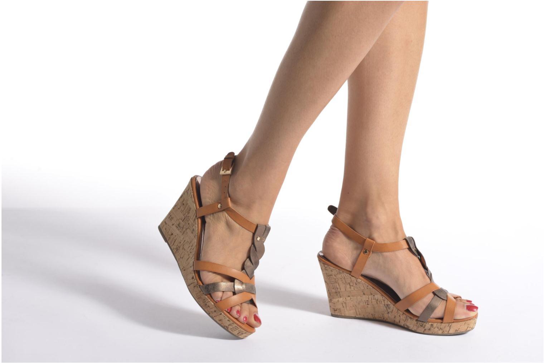 Sandales et nu-pieds Initiale Paris Reglisse Noir vue bas / vue portée sac