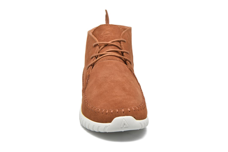 Baskets Asfvlt Yuma Marron vue portées chaussures