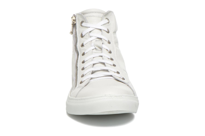 Sneaker Redskins Nerino weiß schuhe getragen