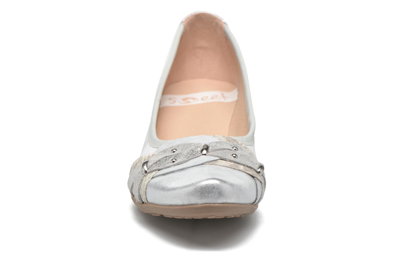 Escarpins Sweet Diozo Argent vue portées chaussures