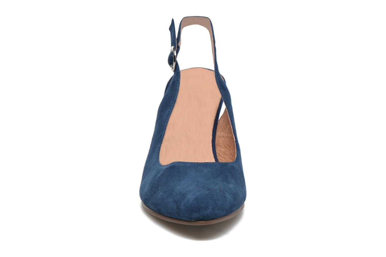Escarpins Karston Avalou Bleu vue portées chaussures