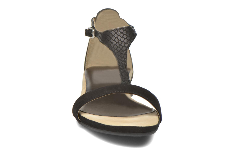 Sandales et nu-pieds Unisa Asunta Noir vue portées chaussures