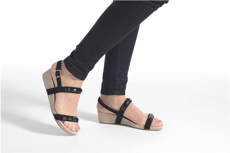 Sandales et nu-pieds Unisa Bastian Noir vue bas / vue portée sac