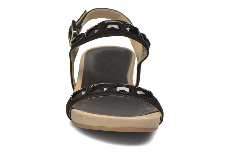 Sandales et nu-pieds Unisa Bastian Noir vue portées chaussures