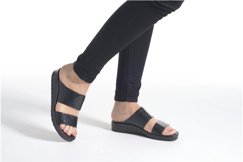 Sandales et nu-pieds Unisa Breo Noir vue bas / vue portée sac