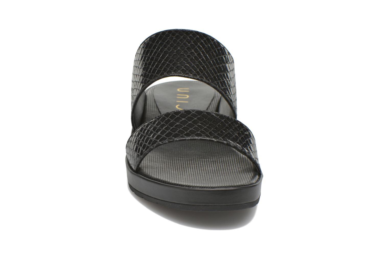 Sandales et nu-pieds Unisa Breo Noir vue portées chaussures