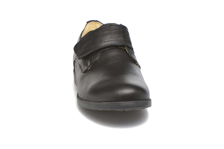 Chaussures à scratch Primigi Todd 1-E Noir vue portées chaussures