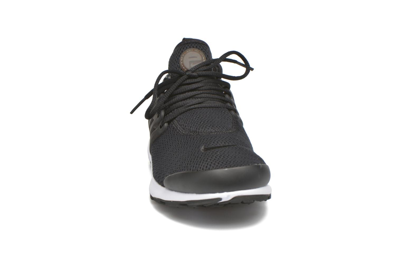 Baskets Nike W Air Presto Noir vue portées chaussures