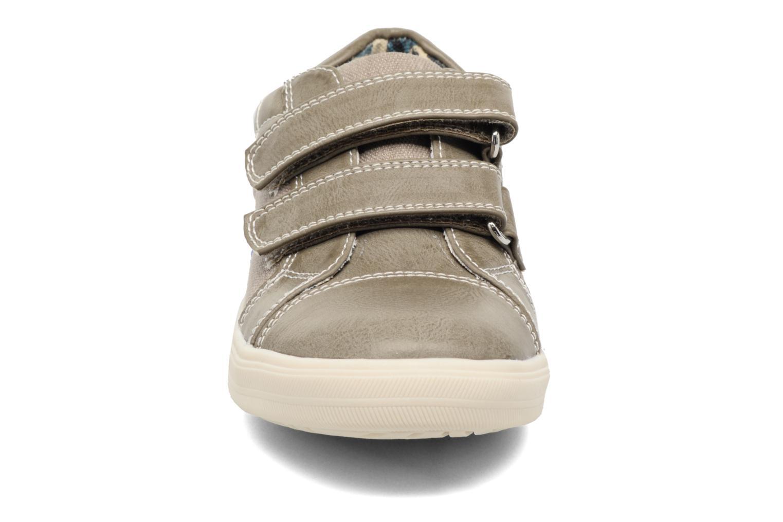 Baskets I Love Shoes FILLIP Gris vue portées chaussures