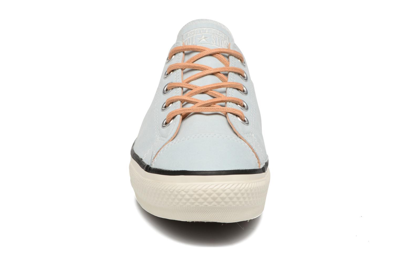 Baskets Converse Chuck Taylor All Star High Line Ox Bleu vue portées chaussures