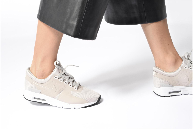 Sneaker Nike W Air Max Zero weiß ansicht von unten / tasche getragen