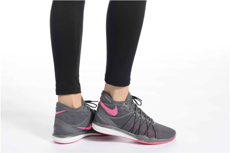 Chaussures de sport Nike W Nike Dual Fusion Tr Hit Mid Gris vue bas / vue portée sac