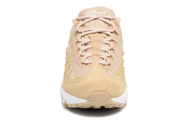 Baskets Nike Wmns Air Max 95 Beige vue portées chaussures