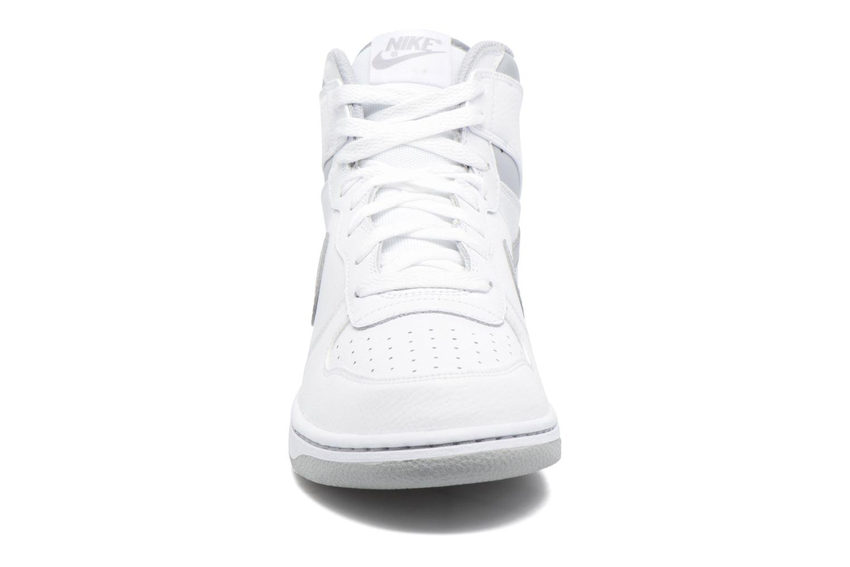 Baskets Nike Big Nike High Blanc vue portées chaussures