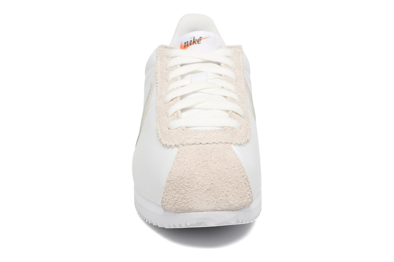 Sneaker Nike Classic Cortez Nylon Prem weiß schuhe getragen