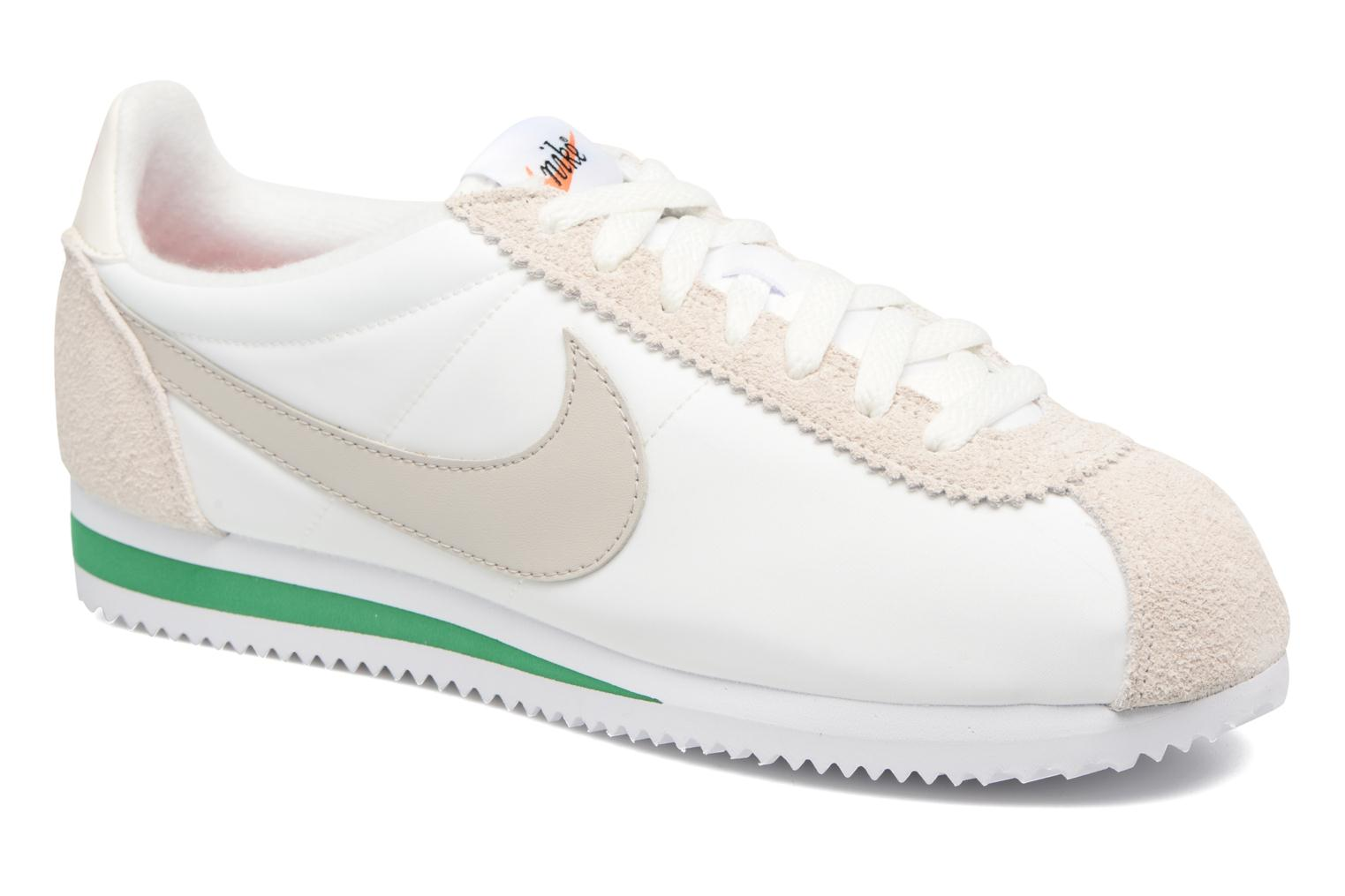Trainers Nike Classic Cortez Nylon Prem White detailed view/ Pair view