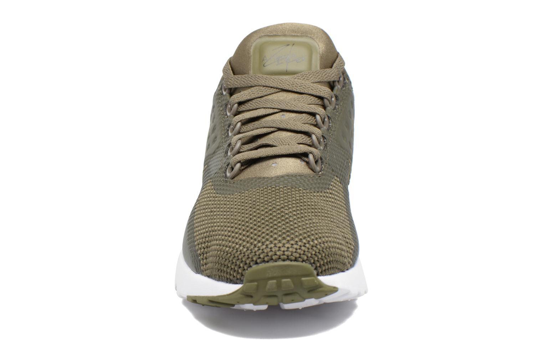 Baskets Nike Nike Air Max Zero Essential Vert vue portées chaussures