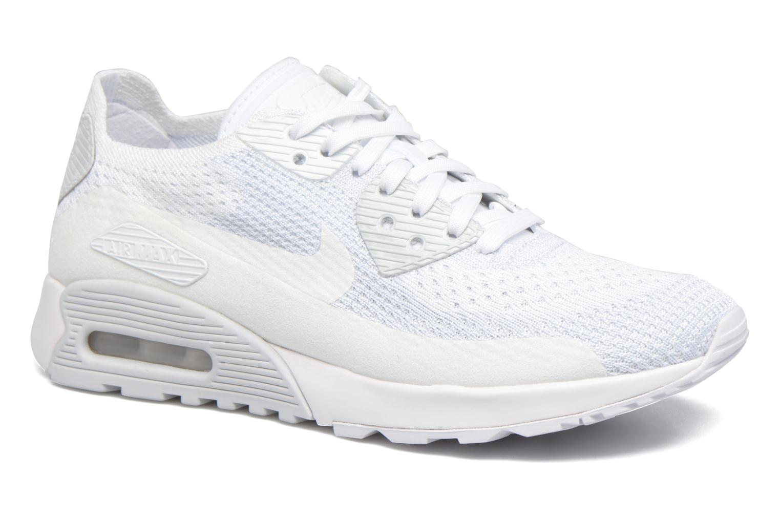 Trainers Nike W Air Max 90 Ultra 2.0 Flyknit White detailed view/ Pair view