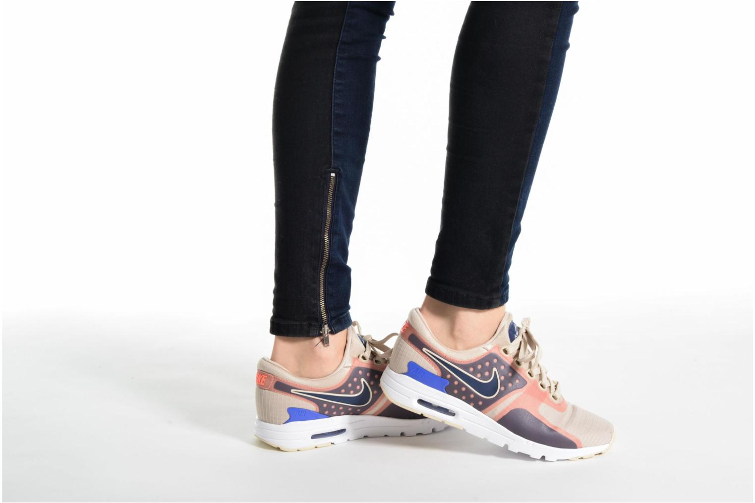 Trainers Nike W Air Max Zero Si Beige view from underneath / model view
