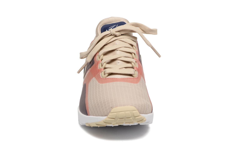 Baskets Nike W Air Max Zero Si Beige vue portées chaussures