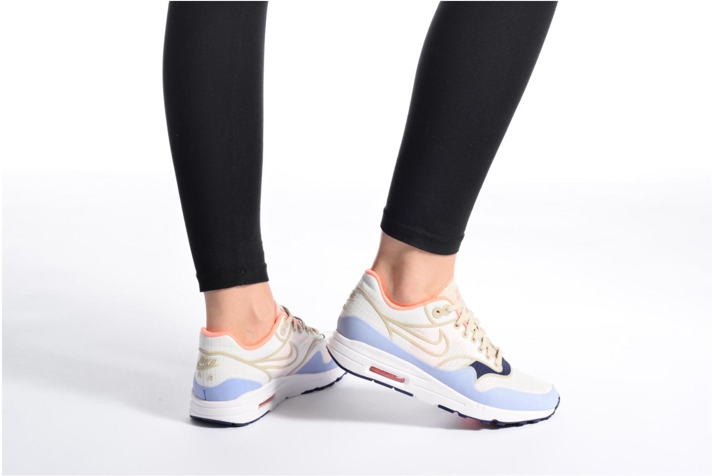 Baskets Nike W Nike Air Max 1 Ultra 2.0 Si Blanc vue bas / vue portée sac