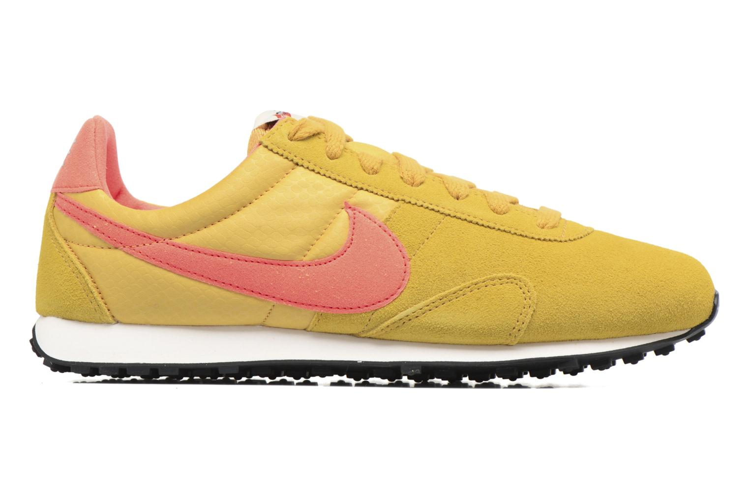 Trainers Nike W Pre Montreal Racer Vntg Yellow back view