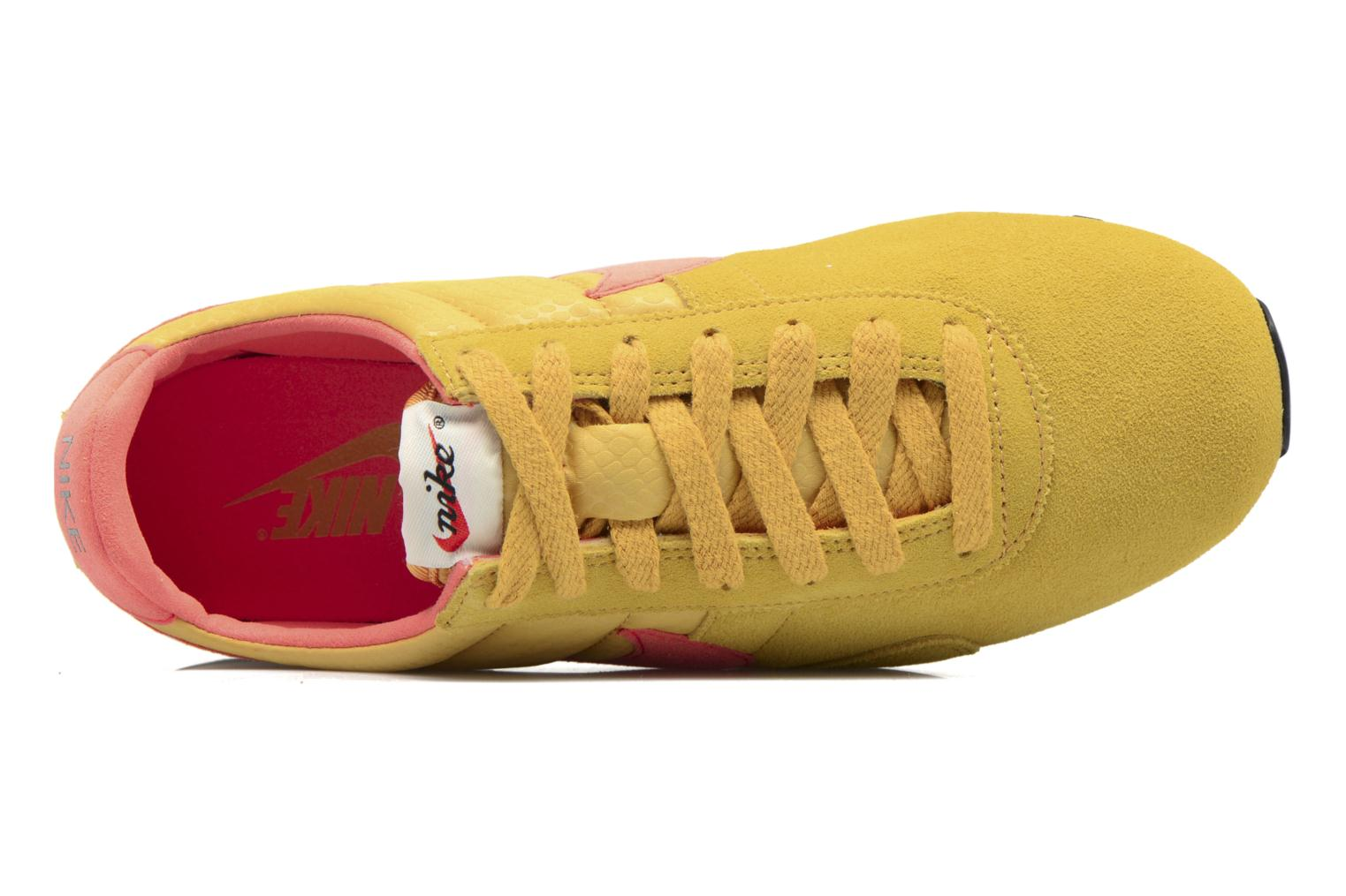 Trainers Nike W Pre Montreal Racer Vntg Yellow view from the left