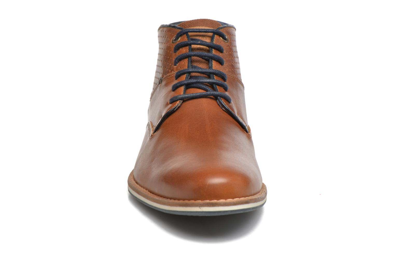 Bottines et boots Bullboxer Joe 2 Marron vue portées chaussures