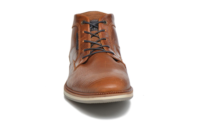 Chaussures à lacets Bullboxer Maldo Marron vue portées chaussures