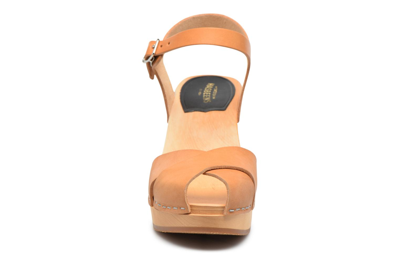 Sandales et nu-pieds Swedish Hasbeens Merci Sandal Beige vue portées chaussures