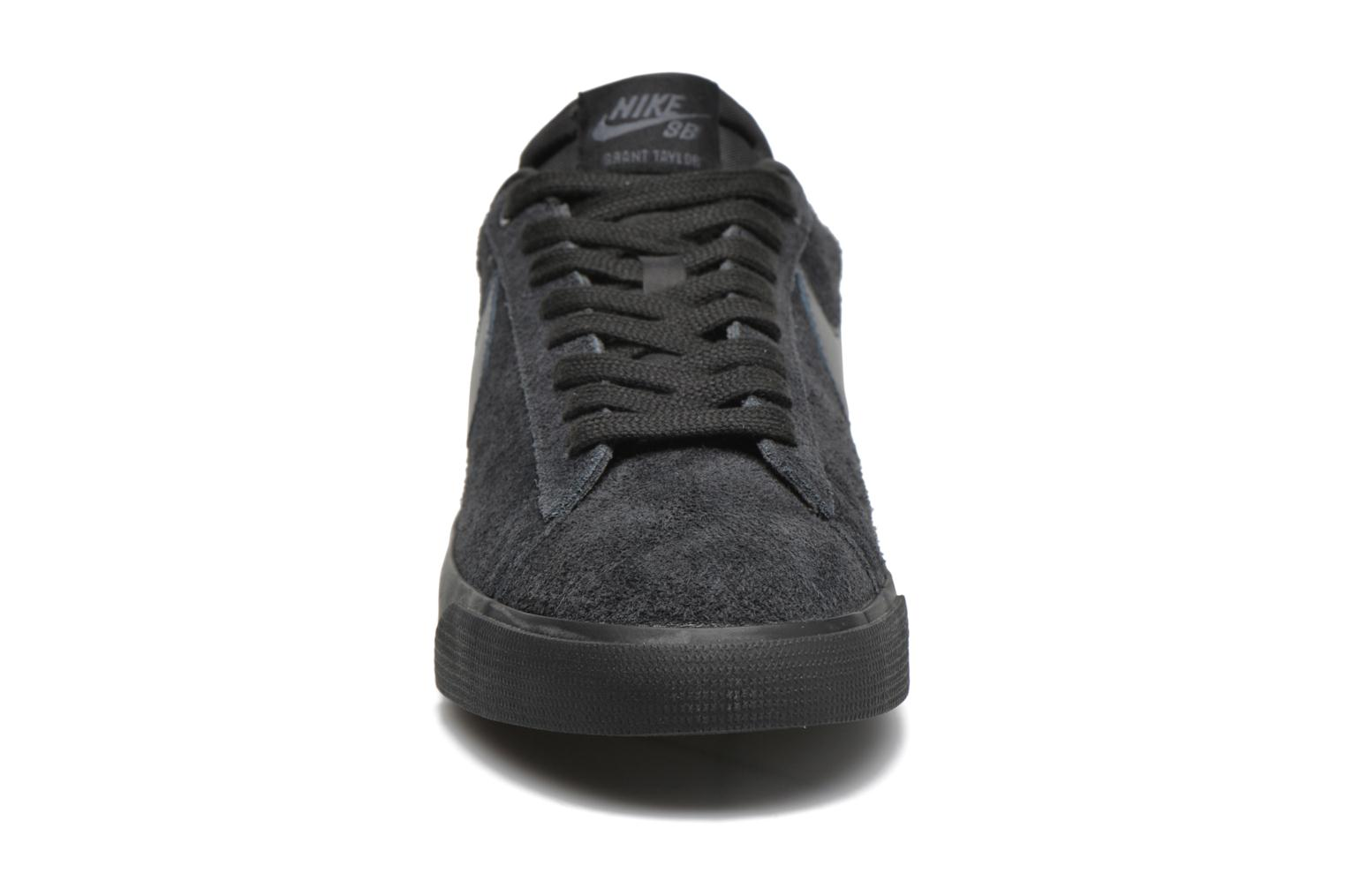 Trainers Nike Blazer Low Gt Black model view