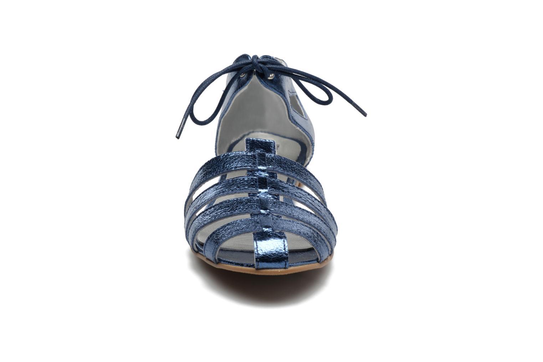 Sandales et nu-pieds Ippon Vintage Popies Crease Bleu vue portées chaussures