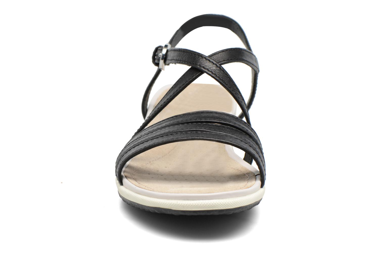 Sandales et nu-pieds Geox D SAND.VEGA C D62R6C Noir vue portées chaussures