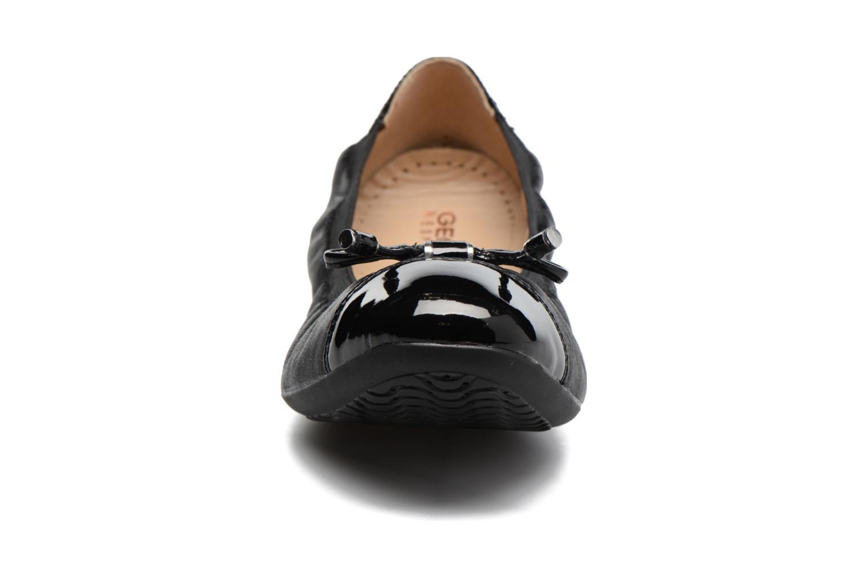 Ballerines Geox D LOLA 2FIT C D643DC Noir vue portées chaussures