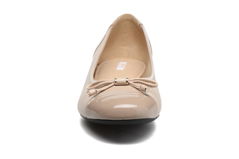 Ballerinaer Geox D WISTREY F D724GF Beige se skoene på