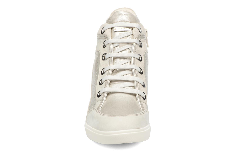Baskets Geox D ELENI C D7267C Argent vue portées chaussures