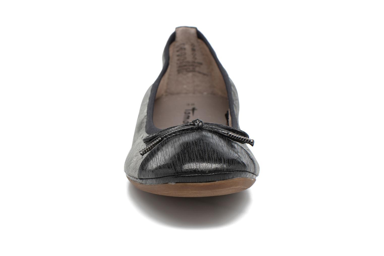 Ballerines Tamaris Althéa Noir vue portées chaussures